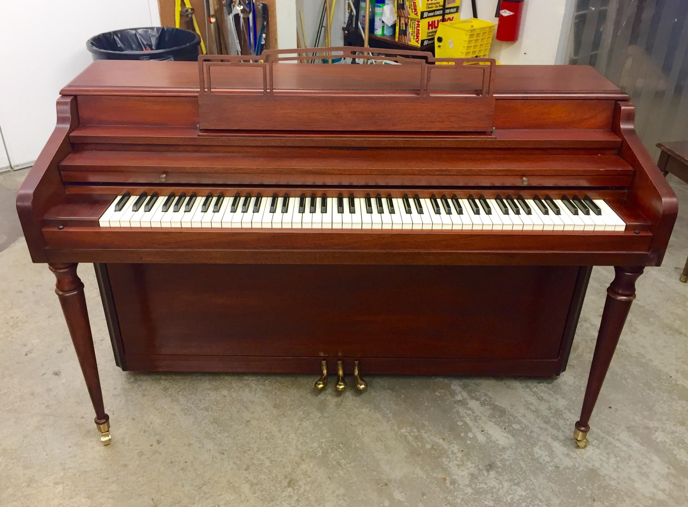 milton piano company midget pianos
